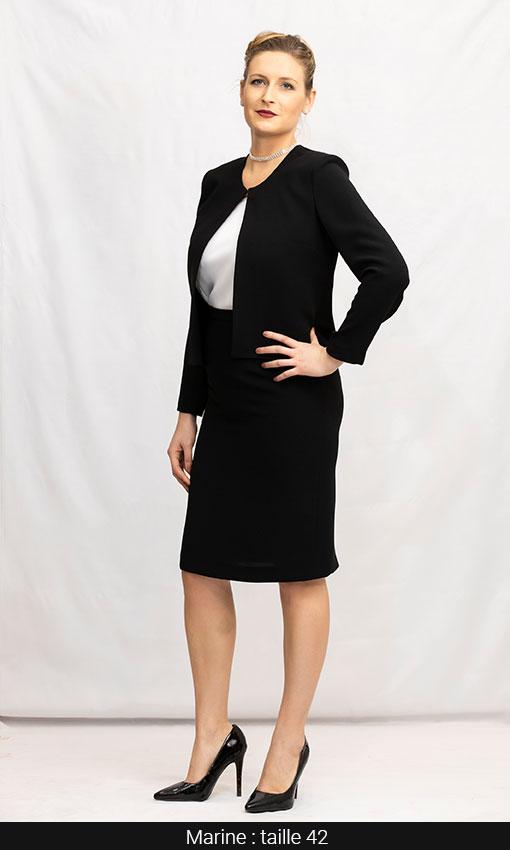 tailleur femme classique jupe droite